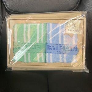 ⭐️BNIB AUTHENTIC Balmain Towel Set⭐️